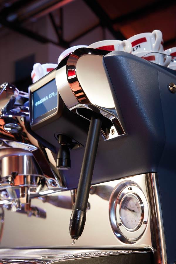 Machine à café Faema E71 à Toulouse